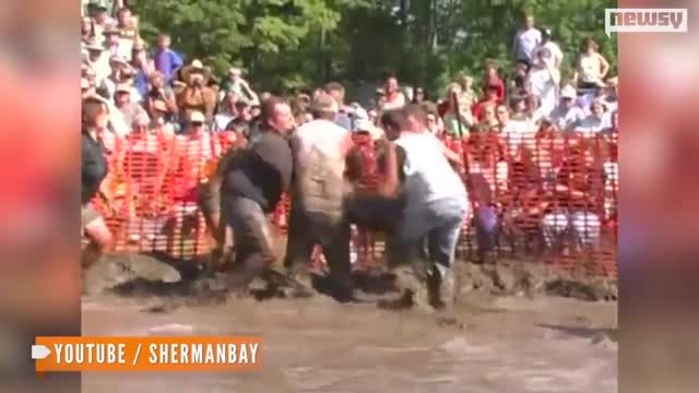 News video: Should This Church Cancel Its Pig Wrestling Event?